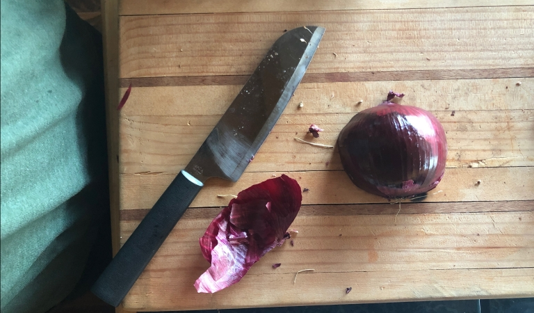 red onion recipes, red onion slicing